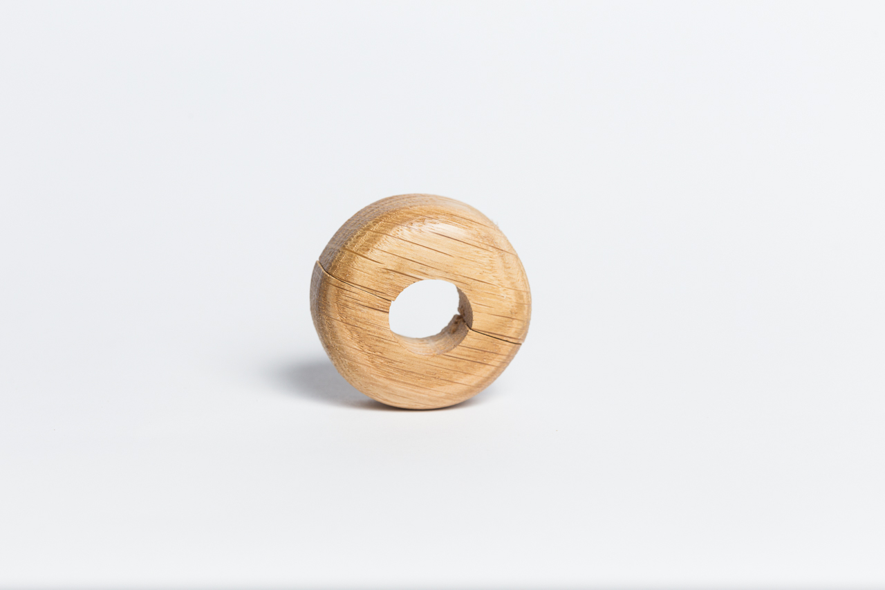 Csőrózsa fa 18mm juhar 1db/Cs